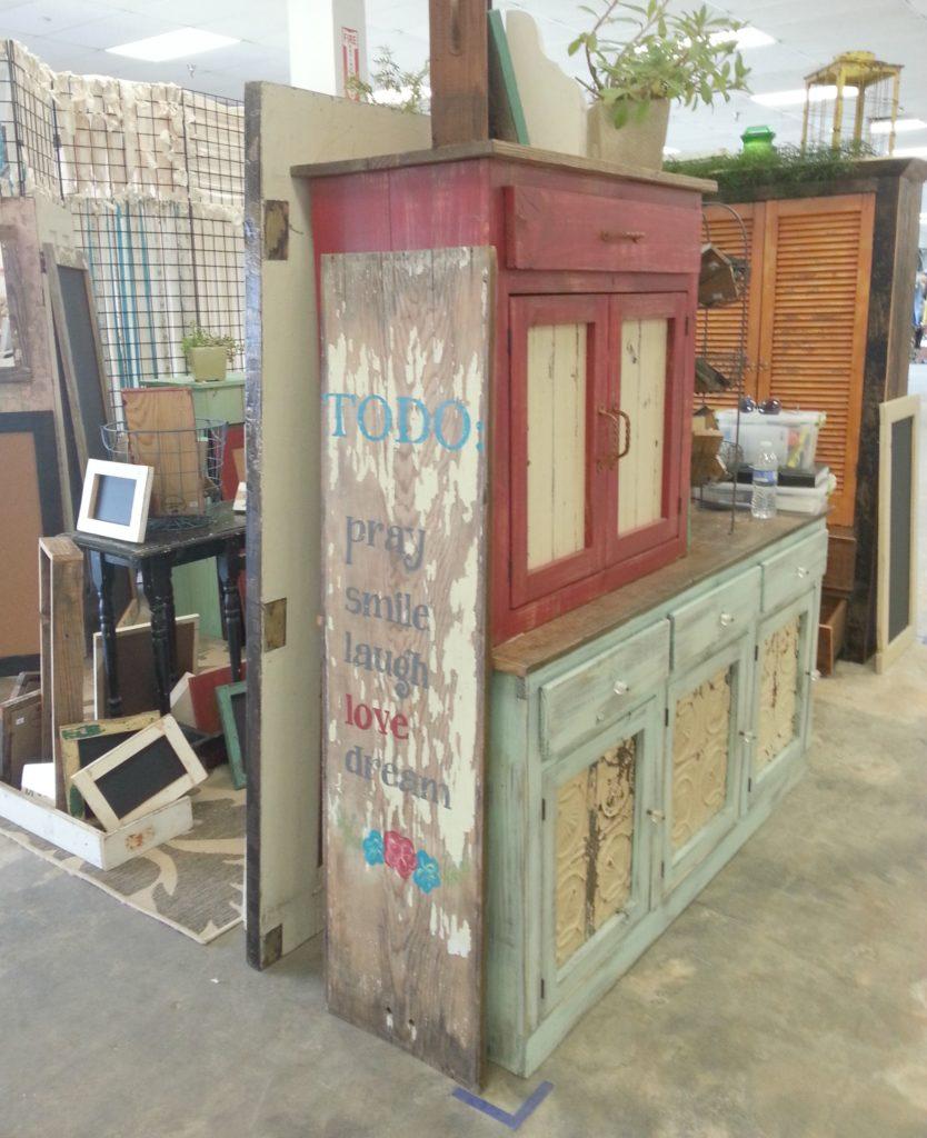 Tenpenny House Vintage Market 3