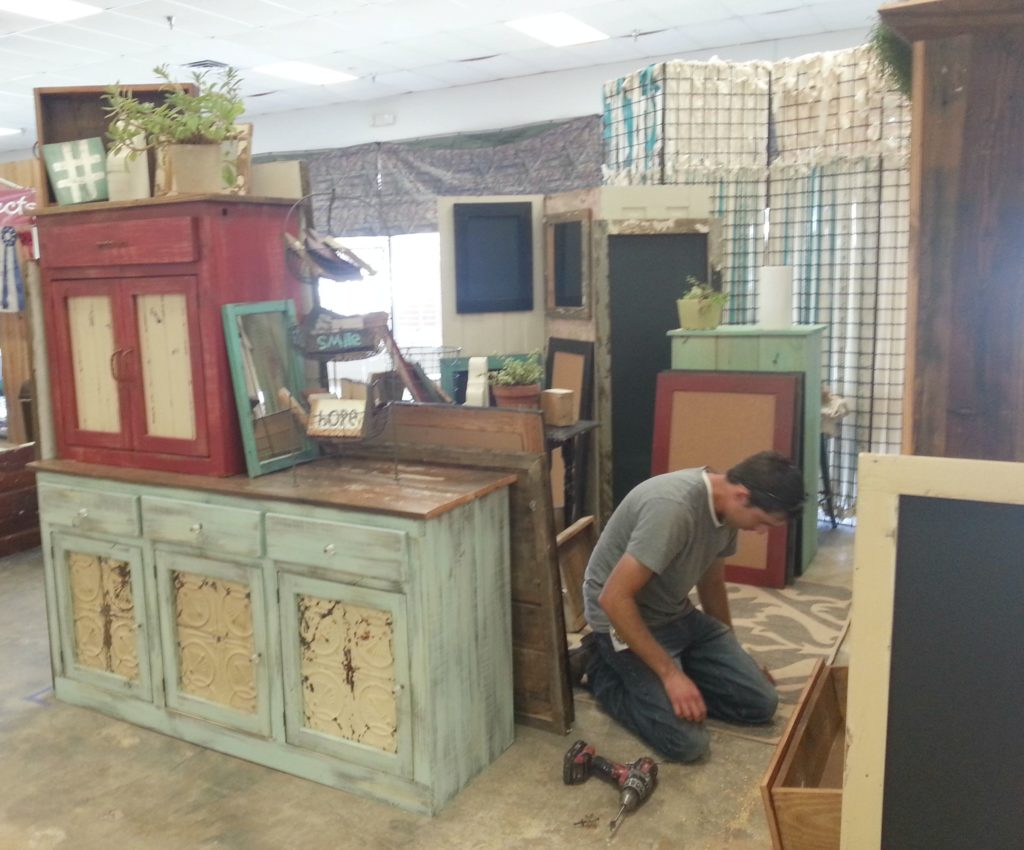 Tenpenny House Vintage Market 2