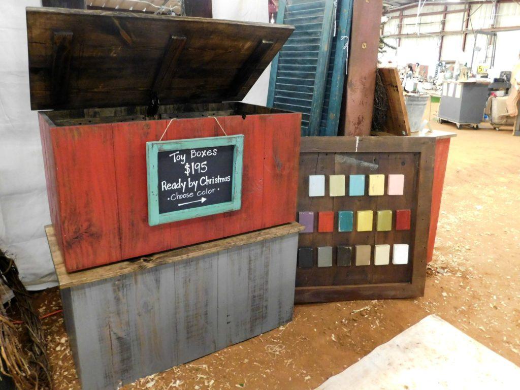 tenpenny house toy box
